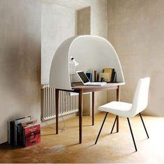 Idée déco : Un petit bureau fermé pour s'isoler dans sa bulle