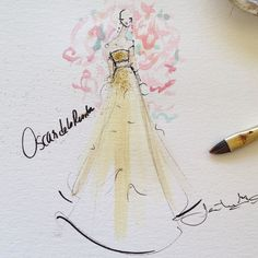 Love this look from Oscar de la Renta's Spring '15 collection. Follow me on Instagram @jeanettegetrost to see more <3