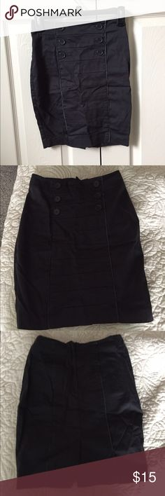 Charcoal Pencil Skirt Charcoal Pencil Skirt from H&M. In great condition! Has buttons for decor! Great for work or any professional occasion! Size-2. #charcoal #black #pencilskirt #bodycon #H&M H&M Skirts Pencil