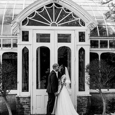 Something about this black and white is giving us all the feels... 😊❤️ Congratulations to Rachael and Mike, we're so happy to have been a part of your special day!! Thank you to @mckenzieleekphoto for this beautifully captured moment! #weddinginspiration #style_6422 #lillianbride #bridalstyle #winterwedding #othersidema #bridalstyle #justmarried #inwhitespringfield