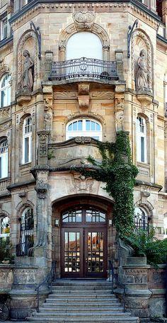 Konstanz – Art Nouveau 01 – Places I'd Like to Go R – Architectural Style House Architecture Styles, Classical Architecture, Historical Architecture, Art And Architecture, Architecture Details, Art Nouveau, Belle Epoque, Jugendstil Design, Destinations