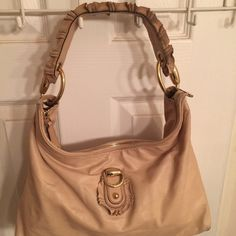 Gucci Sabrina Hobo Bag Used condition. Needs TLC. Nude/blush color. Has some color transfer in back. Leather also has some variation marks. Soft buttery lamb skin leather. Interior very clean. Plenty of good use left. Gucci Bags Hobos