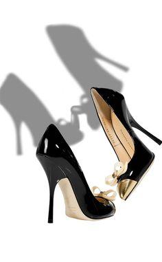 GIUSEPPE-ZANOTTI Black Patent Bow Embellished...