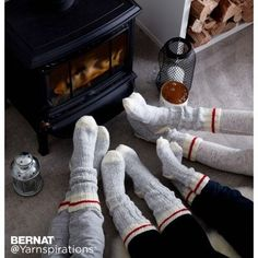 We've taken our popular Work Sock pattern in Bernat Super Value and sized it for the whole family! Now you can make a pair for any age! Knitted Socks Free Pattern, Crochet Socks, Knitting Patterns Free, Knit Patterns, Free Knitting, Knit Crochet, Knit Socks, Knit Slippers, Knitting Websites