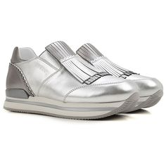 Hogan Shoes and Sneakers from the Latest Collection. Hogan Women& Shoes are available online in a wide selection at the Raffaello Network Store. Fashion Details, Fashion Design, Shoes 2017, Slip On, Sneakers, Collection, Store, Women, Raffaello