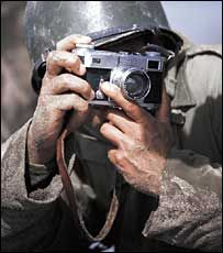 | Robert Capa        The        HUNGARIAN     BORN     PHOTOGRAPHER: In Love and War (2003)