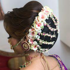 Wedding Hairstyles Throughout History Bun Hairstyles For Long Hair, Indian Wedding Hairstyles, Trending Hairstyles, Bride Hairstyles, Hair Images, Hairstyle Images, Bridal Hair Buns, Hair Brooch, Bridal Hair Inspiration