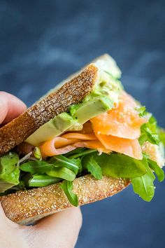 An epic smoked salmon sandwich with avocado and pesto, packed full of bold flavors. Say bye to sad soggy lunches. Use gluten-free bread so make this gluten-free Best Smoked Salmon, Smoked Salmon Breakfast, Smoked Salmon Sandwich, Smoked Salmon Recipes, Avocado Recipes, Fish Recipes, Sandwich Recipes, Vegan Recipes, Quick Recipes