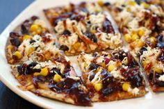 Recipe: Skinny BBQ Chicken Flatbread - Low calorie and looks delicious!