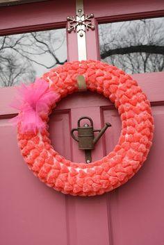 Valentine's Day Wreath Crafts, 2014 Valentines Day crafts, Creative Crafts for 2014 Lovers Day #2014 #Valentines #day #craft  #romantic www.loveitsomuch.com