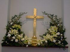 "High Altar Christmas 2009 | using bagged 4"" poinsettia set i… | Flickr"