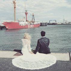 """""""Heimat ist wo dein Herz wohnt""""  #Herz #Liebe #Hochzeit #Braut #Cuxhaven #Elbe #Elbe1 #Schiff #Bremerhaven #Nordsee #Niedersachsen #Strandhochzeit #Romantik #Otterndorf #Brautkleid #Anzug"""