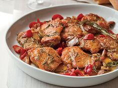 In our fast chicken scarpariello recipe, the meat is sautéed with a tangy lemon glaze and sweet-spicy pickled peppers as a substitute for bell pepper appetizer or dinner Recipes With Chicken And Peppers, Chicken Stuffed Peppers, Chicken Recipes, Turkey Recipes, Chicken Marengo, Chicken Scarpariello, Chicken Cacciatore, Chicken Confit, Chicken Puttanesca