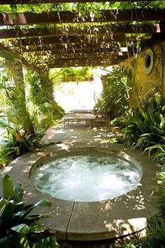 Oh my GOODNESS this looks absolutely inviting~! Lush greenery makes if  Natural-icious~!. ~*~moonmistgirl~*~ #HotTubs