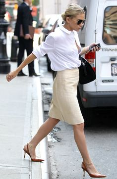This Ashley Olsen outfit would be killer in the office