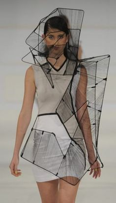 Ideas Fashion Design Inspiration Haute Couture Wearable Art For 2019 Geometric Fashion, 3d Fashion, Fashion Details, Look Fashion, Runway Fashion, Trendy Fashion, High Fashion, Fashion Design, Origami Fashion