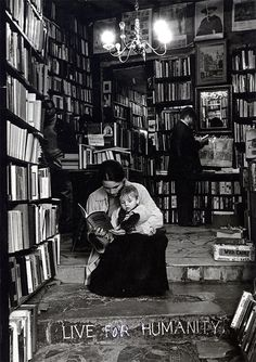 Lecteurs chez Shakespeare and co (Cynthia Copper).