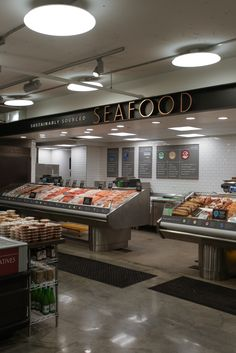 A new store Thread Collaborative designed in the Williamsburg neighborhood, in Brooklyn, NY. Opened on July Seafood Store, Seafood Market, Bakery Shop Design, Store Design, Frozen Shop, Grilled Lobster, Supermarket Design, Butcher Shop, Fish And Chips