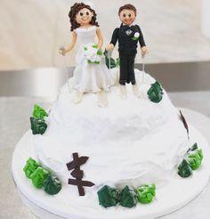 Wir wünschen dem Brautpaar alles Gute 💍 . . . #lheiner #konditorei #konditor #kuk #zuckerbäcker #wien #österreich #mehlspeisen #marzipan…