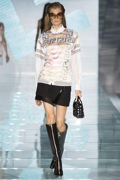 Milan Fashion Week Day 3 Versace Spring/Summer 2015 Ready to wear 19 September 2014