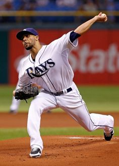 Pitcher David Price #14 of the Tampa Bay Rays pitches against the Boston Red Sox during the game at Tropicana Field on September 20, 2012 in St. Petersburg, Florida.