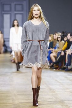 Exactly my style! Chlo� Ready To Wear Fall Winter 2015 Paris