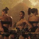 A** A** A**! Nicki Minaj Previews Music Video For 'Anaconda' [Video]   THATSENUFF.COM