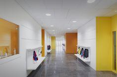 Image 18 of 23 from gallery of Lucie Aubrac School / Saison Menu Architectes Urbanistes. Photograph by Julien Lanoo