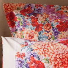 something about floral bedding is very romantic. Agreed! Love the bold patterns on this lovely sheet set!