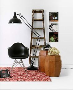 So handsome, Eames molded plastic chair