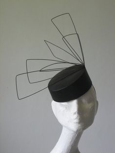 Mesquite by Sarah Cant Couture Millinery - black straw pillbox trimmed with angular wire shapes. Fascinator Hats, Fascinators, Headpieces, Cocktail Hat, Fancy Hats, Diy Hat, Fedora Hat Women, Love Hat, Wedding Hats