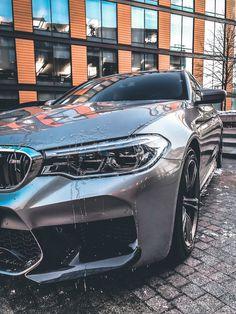 BMW - Des Voitures - picture for you Bmw Z4 Roadster, Bentley Auto, Bmw M5, Automotive Photography, Car Photography, Ford Gt, Triumph Bonneville, Carros Bmw, Rolls Royce Motor Cars