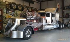 Now thats a truck!