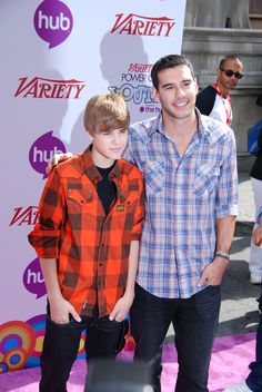 Justin Bieber's manager Scooter Braun is finally sick and tired of Justin's best friend, Lil Twist, continuing to make headlines for all the wrong reasons. Bieber has been fighting to keep Twist in his life and living at his Calabassas home. However, Scooter is pushing for Bieber to finally sever ties with his friend, as he continues to get Justin into heavy trouble.