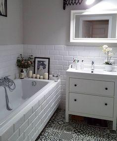 Bad Inspiration, Bathroom Inspiration, Bathroom Ideas, White Bathroom, Modern Bathroom, Bathroom Small, Small Bathroom Makeovers, Master Bathroom, Shower Cubicles