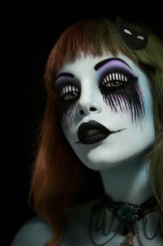 Photography and makeup: Tal Peleg Art of Makeup. Model: Topaz Arbell.