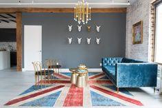 Living Room Ideas | Living Room Trends | Living Room Set #livingroom #homedecor #livingroomideas Find more inspiration at: https://www.brabbu.com/en/inspiration-and-ideas/sem-categoria/10-spectacular-living-room-ideas-perfect-for-summer