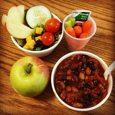"""KUDOS to CIA Healthy Kids Collaborative and Metro Nashville Public Schools Chef Rebecca Polson for her focus on #local #Braeburn apples during #FarmtoSchool month. We love the """"lunch in a cup"""" concept (R) ... very popular with high school students!"""