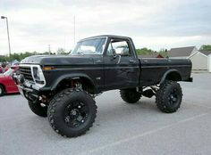 Lifted old Ford