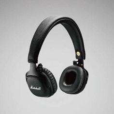 MID擁有專利的類比式五向控制紐,  能讓你播放, 暫停, 選曲及調整音量大小.  它也擁有通話功能, 只要輕按幾下控制鈕,  就能使你接聽, 拒絕及結束通話.  內建麥克風讓你能與人對話或 經由手機等裝置記錄語音.
