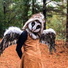 @crookedcrowmasks posted to Instagram: One of my #favorite #customerphoto this year - I love those #wings! #costume #mask #fabulous #loveit #crookedcrowmasks Animal Head Masks, Bird Masks, Animal Heads, Adult Halloween, Halloween Masks, Recycle Cardboard Box, Crow Mask, Great Horned Owl, Masquerade