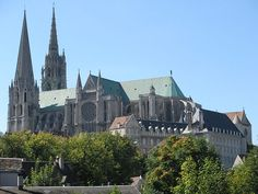Chartres Cathedral, view from South-west. The French medieval Cathedral of Our Lady of Chartres is located about 50 miles southwest of Paris. It is considered one of the finest examples of the French High Gothic style. Cathedral Basilica, Cathedral Church, Monuments, French Gothic Architecture, Romanesque Architecture, Historical Architecture, Art Français, Late Middle Ages, Alphonse Mucha