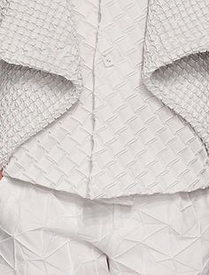 Fabric Manipulation with intricately pleated patterns for white texture; origami fashion detail // Issey Miyake Spring 2015