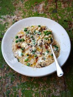 Pea & Goats Cheese Risotto | Rice Recipes | Jamie Oliver Recipes  My conversions:  -4 cups chicken stock -4 strips bacon -1 3/4 cups arborio rice -3/4 white wine -1 cup peas -4 oz goat chees -2.5 oz parmesan