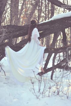 #woods #bride #vintage #vintagebride #lace #white #forest #tree #outside #princess #woodland #snow #enchanted #wedding #dress #weddingdress #outdoors #art #flowers #white #photoshoot #art #photo #elegant #vintageweddingart #vintagewedding #weddingart