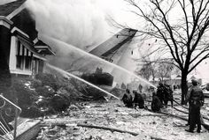 ILLINOIS 8 December 1972 - United Airlines Flight 553 struck trees and houses in Chicago before crashing into a house after an aborted landing at Chicago Midway International Airport. Killing 45 including Illinois Congressman George W. Collins and the wife of Watergate conspirator E. Howard Hunt and Dorothy Hunt. Only 18 survived.