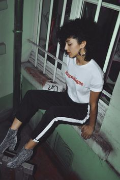 Spice up your sports luxe look with a touch of shimmer. Work the Niko boots with these side stripe trousers and Magnifique logo tee, all by find.