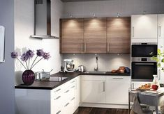 Small Kitchen Ideas On a Budget to Maximize Existing the Space. clever small kitchen storage ideas - space saving small kitchen organization ideas tips and tricks on a budget to declutter small kitchens in tiny apartments Small Modern Kitchens, Modern Kitchen Design, Home Kitchens, Kitchen Designs, Small Kitchen Organization, Small Kitchen Storage, Voxtorp Ikea, Kitchen Interior, Kitchen Decor