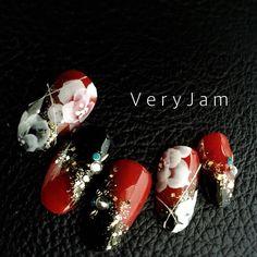 New Year's Nails, Red Nails, Pretty Nail Designs, Nail Art Designs, Japan Nail Art, New Years Nail Art, Angel Nails, Chic Nails, Nail Patterns
