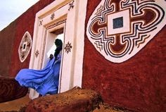 Mauritania, the tradition of women artwork by Bruno Zanzottera
